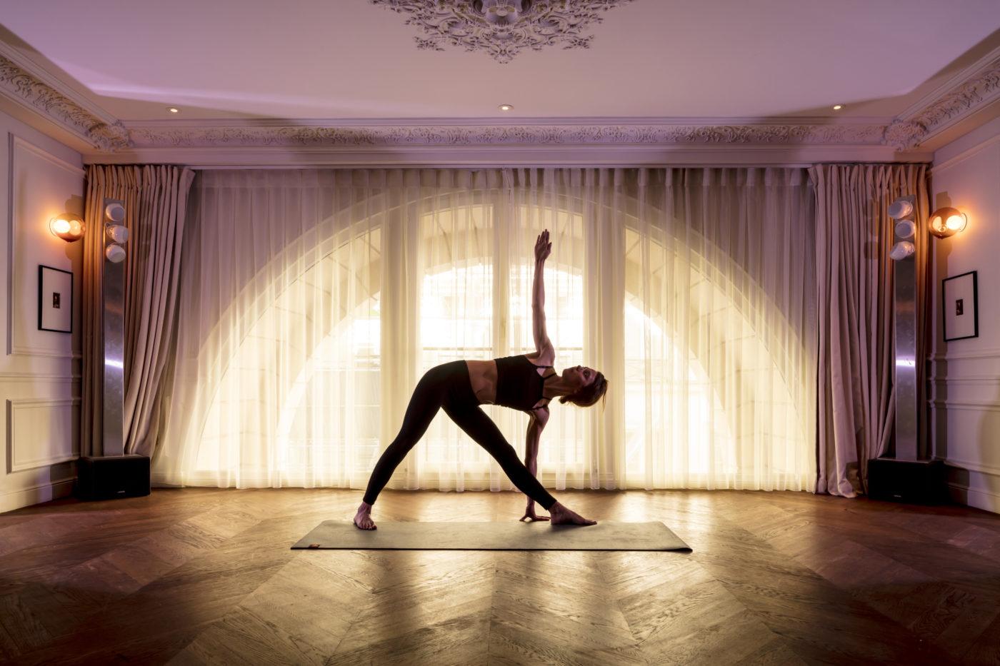 yoga lunch les bains paris