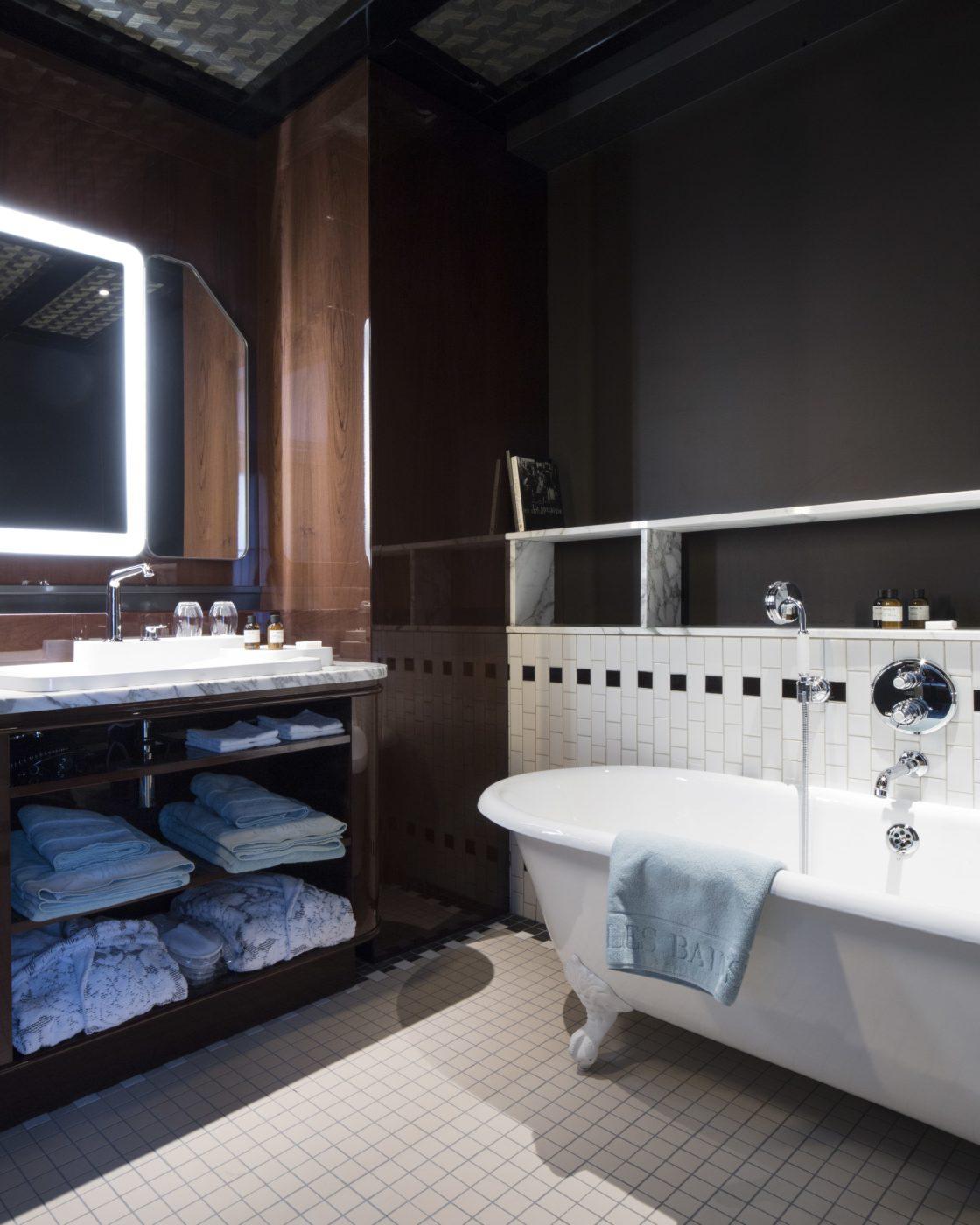 chambre les bains paris